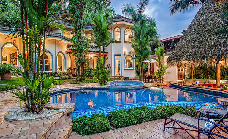 Mansion rental in Costa Rica