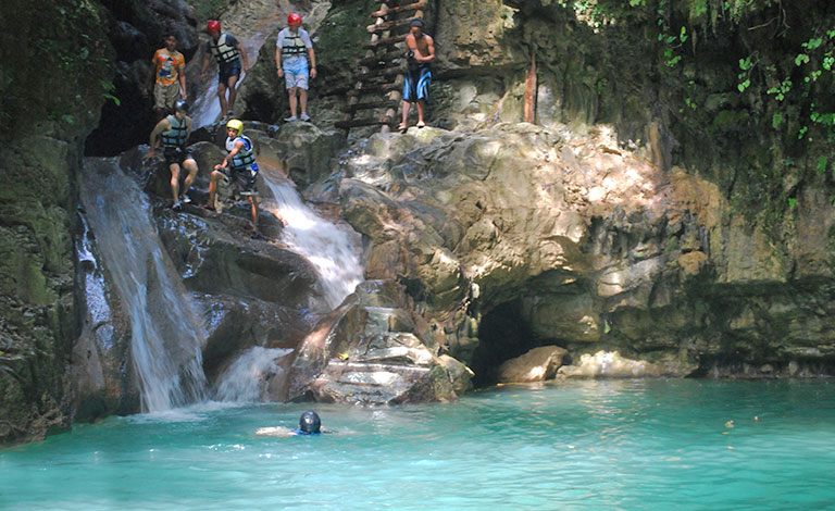 Waterfall excursions for your bachelor party